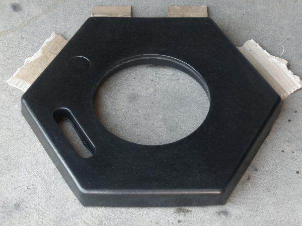 hexagonal bollard base_top